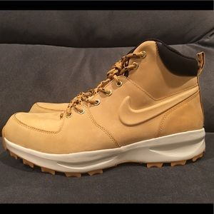 Nike Manoa Hiking Boots Haystack Weather men's 12